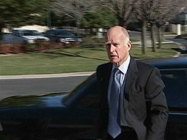 Gov. Jerry Brown is canceling a plan to sell several state buildings, officials say.