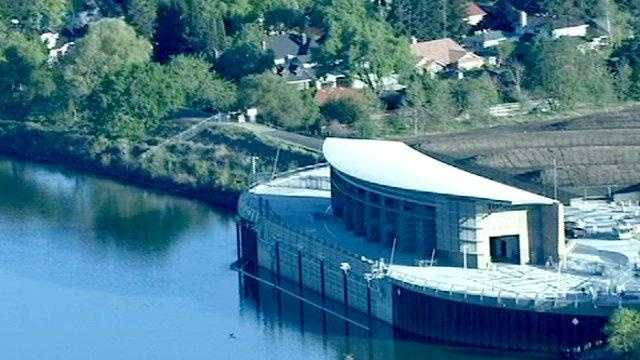 wed april 7 - Sacramento River generic - water intake facility near Freeport - 23078391