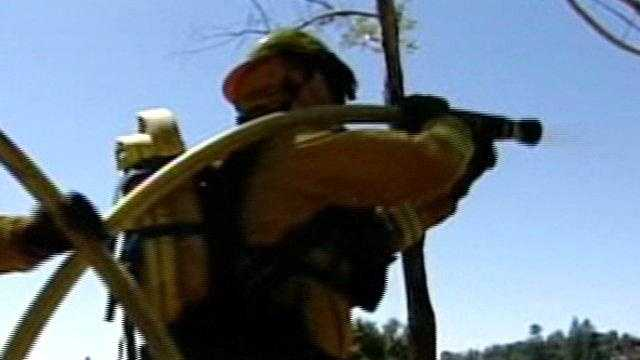 Firefighters prep for red flag warning - 21049320