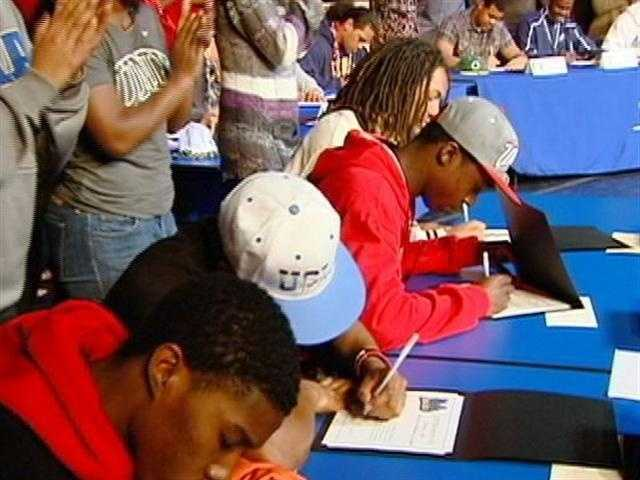 16 football players from the Elk Grove Unified School District signed letters of intent.