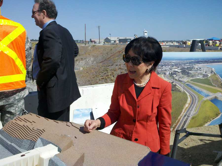 Rep. Doris Matsui joins officials from local, state and federal water agencies hosted by the Corps of Engineers. Listen to her remarks:  14148542