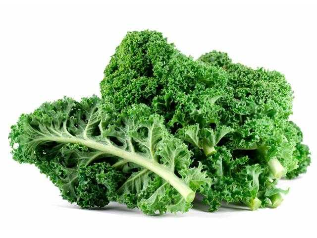 Kale delivers vitamin C and calcium.