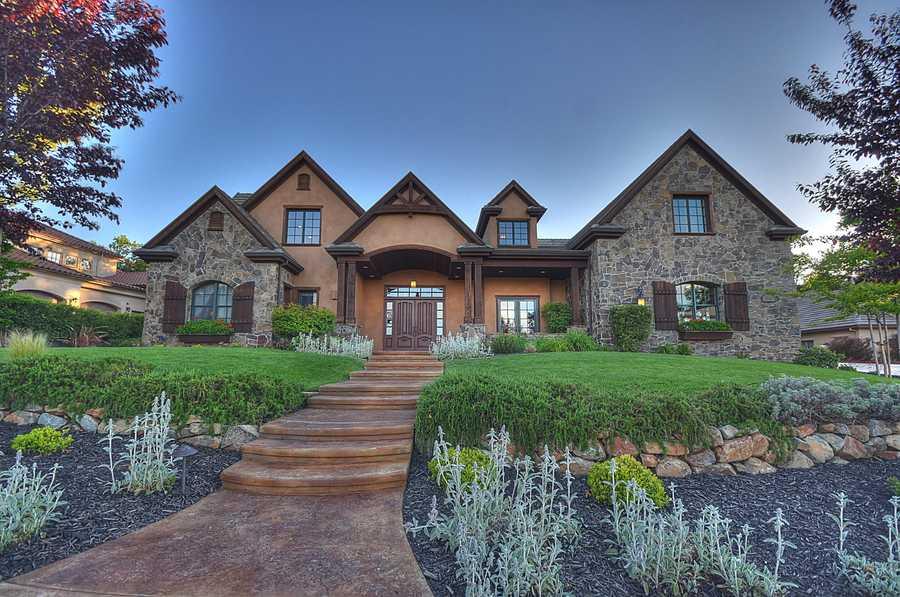 This home is located on Da Vinci Drive inEl Dorado Hills.