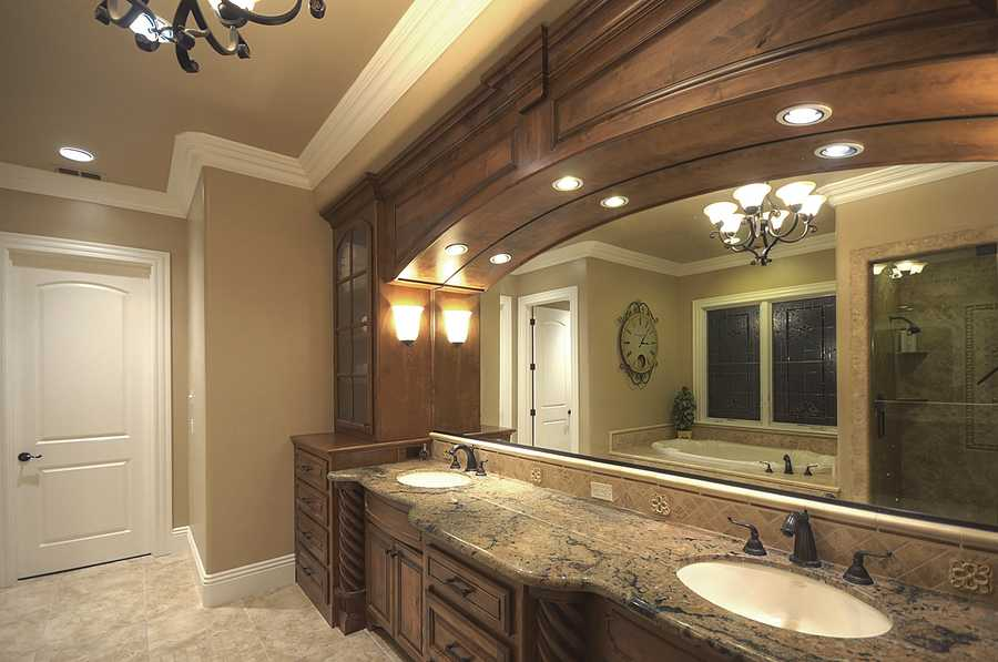 And the master bathroom.