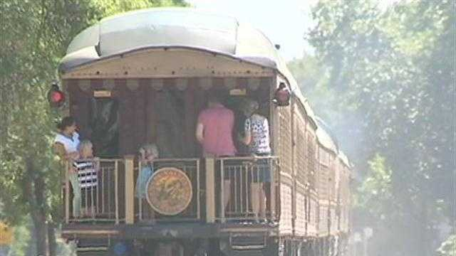 img-Did taxpayers pay too much for wine train project