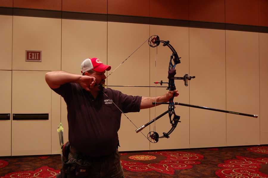 Gary from Frontline Archery demonstrates how to hold the bow.
