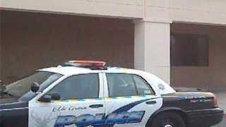 Elk-Grove-police-2.jpg