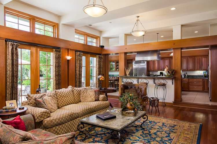 The wide living area absorbs plenty of light.