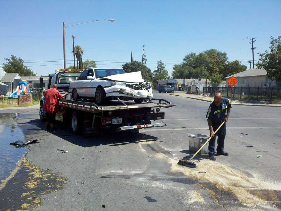 Police said that two cars wereinvolvedin thecrashnear 8th and Scribner streets in Stockton.