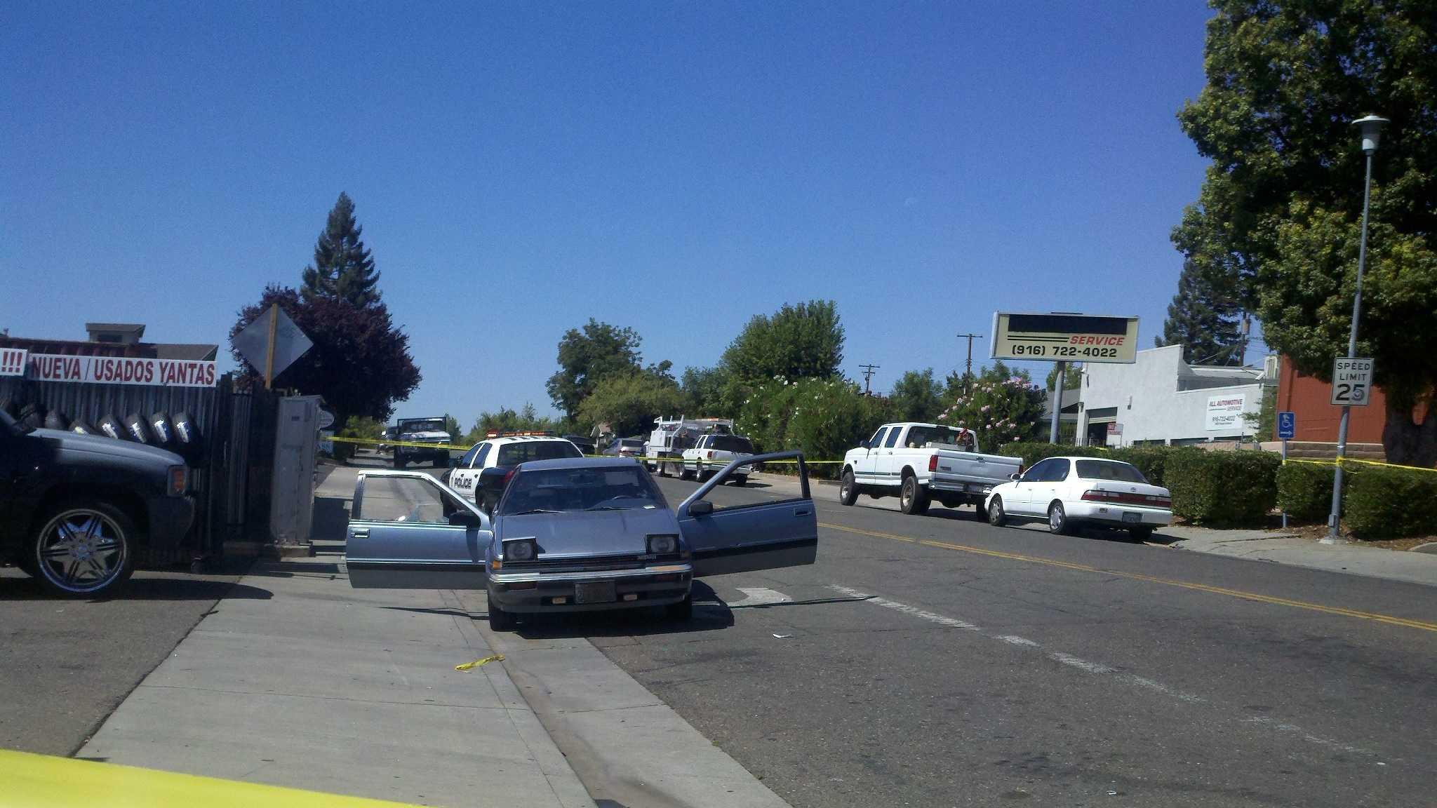 Victim's car has its doors wide open near Kanai Avenue Auburn Boulevard.