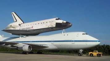 Endeavour at the Shuttle Landing Facility.