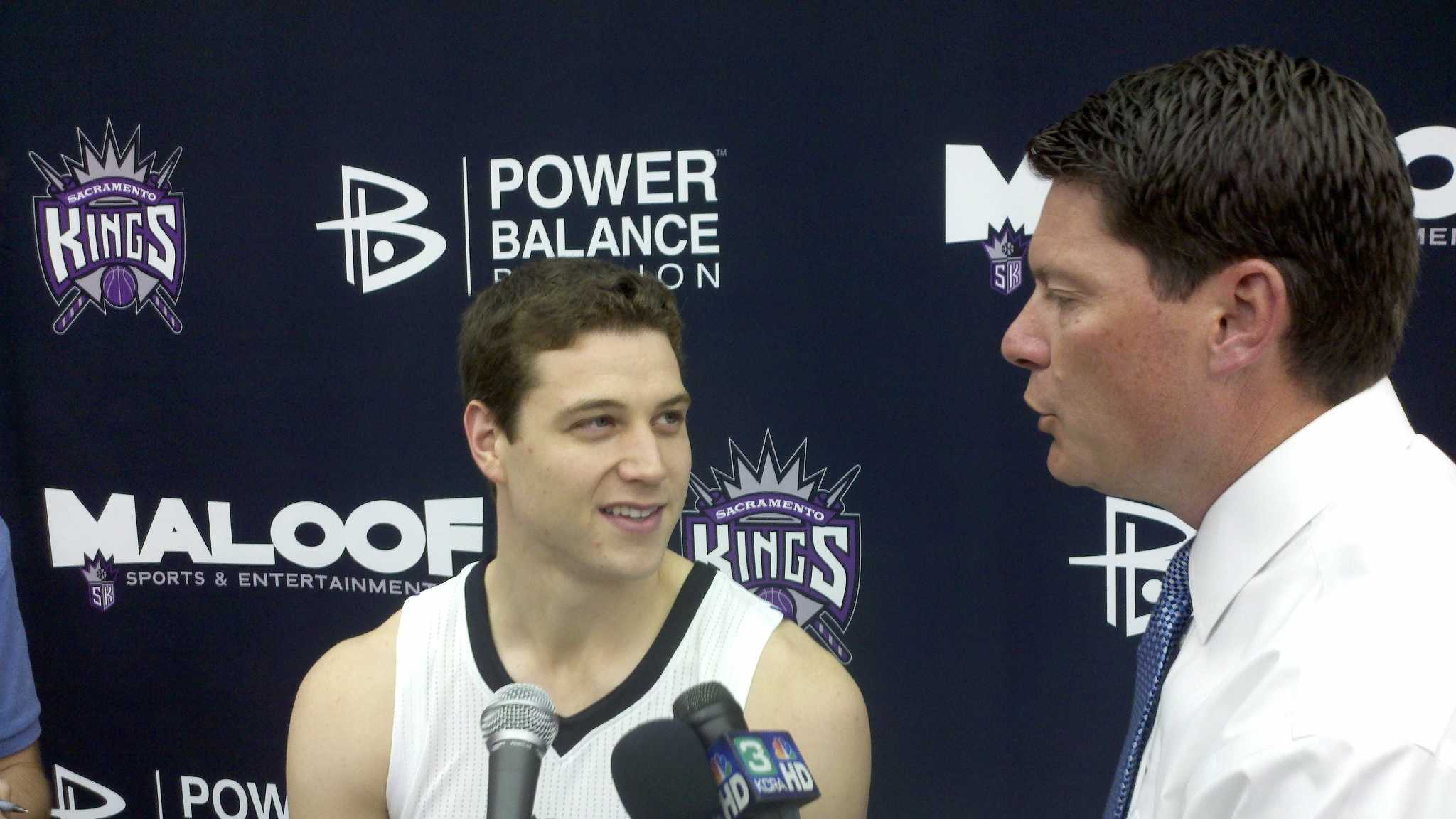 KCRA's Chris Riva speaks with Jimmer Fredette.
