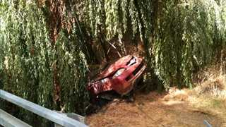 Car-into-creek-blurb-100512.jpg
