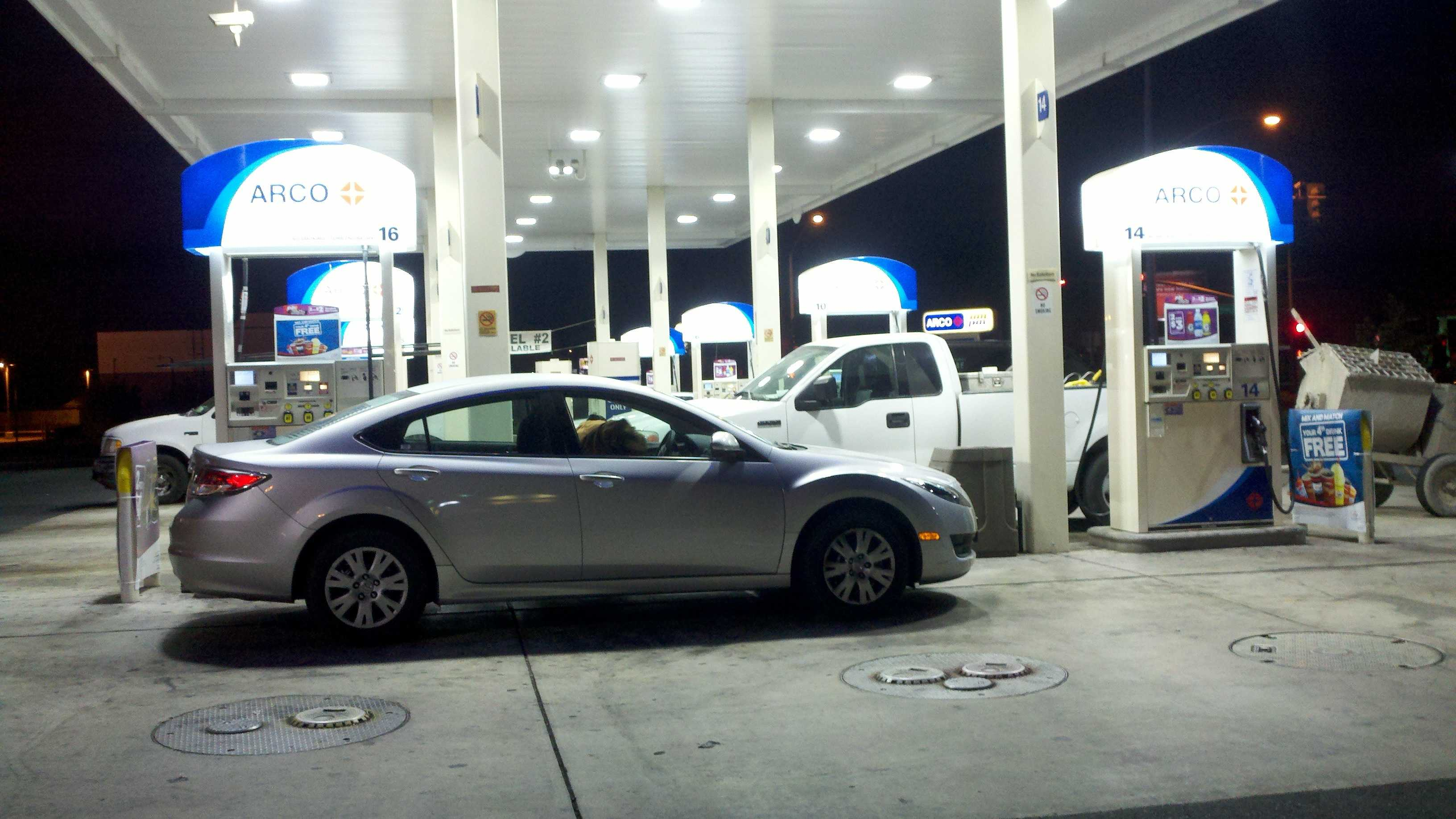Gas prices 100812 1.jpg