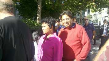 Obama campaign volunteers Viji Ramesh and her husband, Ramesh Vas, of El Dorado Hills, wait in line (Oct. 8, 2012).
