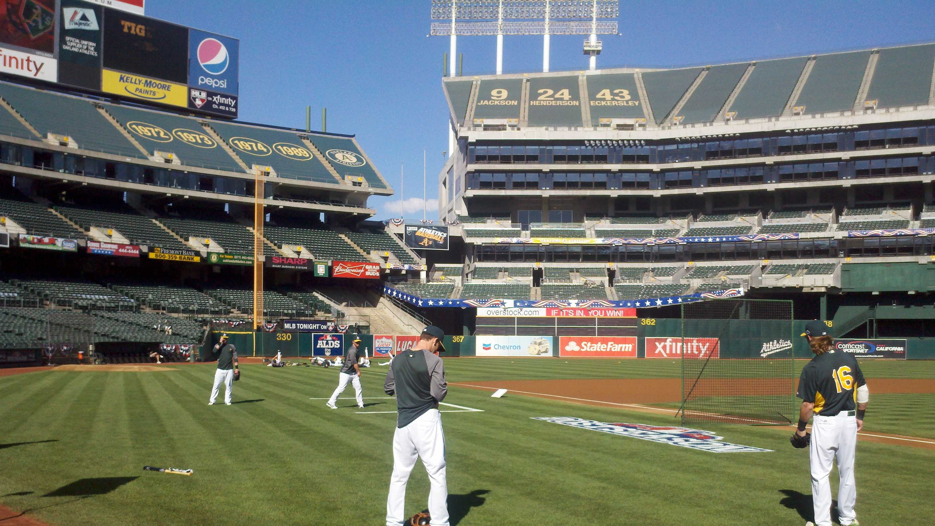The Oakland A's warm up in advance of a big Game 3 on Tuesday night vs. the Detroit Tigers (Oct. 9, 2012).