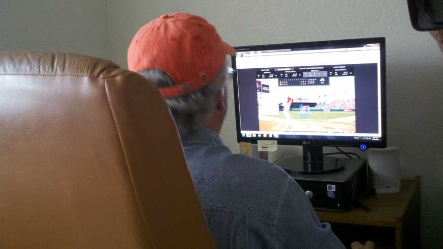 Some San Francisco Giants fans played hookey to view Thursday's game, while others worked through their shifts but remained slightly distracted (Oct. 11, 2012).