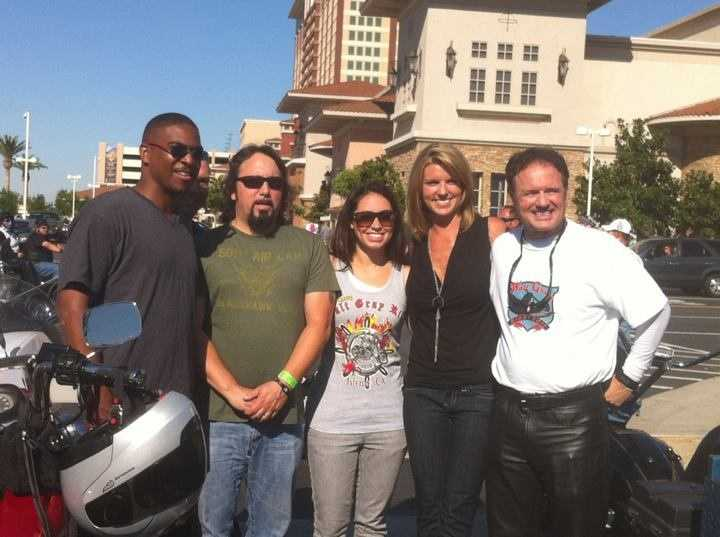 Walt, Kellie DeMarco and KCRA 3 co-workers at the 2011 Walt Gray Ride.