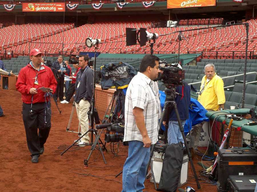 Photos taken before Game 3 of the NLCS.