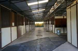 This arena barn has seven stalls.