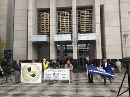 Several unions stand in support of United Food & Commercial Workers on Thursday as Raley's officials and labor union leaders prepared to meet with a federal mediator.