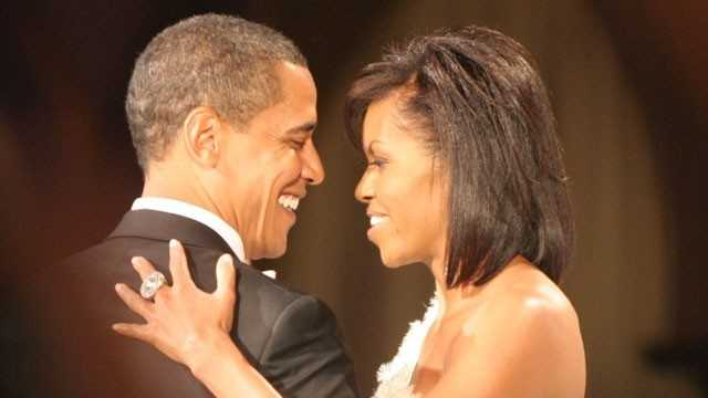 Barack, Michelle Obama dance at Commander in Chief's Ball, January 2009