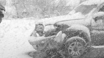 A car isinvolvedin a crash in Cisco Grove.
