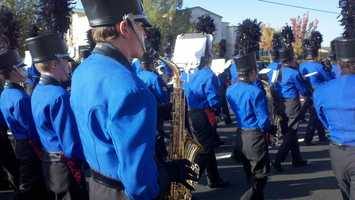 Thousands came out to the annual Folsom Veterans Day Parade on Monday, which drew more than 3,000 spectators, several marching bands and hundreds of floats to East Bidwell Street. Supporters throughout the region also held celebrations to honor the nation's veterans.
