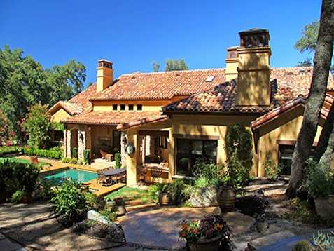 For more information on this week's Mansion Monday, go here.