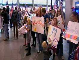 A native son and wounded warrior returned to Northern California Tuesday to a rousing welcome at Sacramento International Airport.
