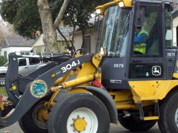 TuesdaySacramento City crews urge residents to call 311 if they experience problems as a result of the storm.
