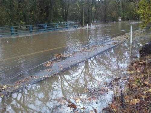 SundayArcade Creek went over the banks Sunday at Winding Way. Flooding was evident in the area of Winding Way behind the American River College (Dec. 2, 2012).