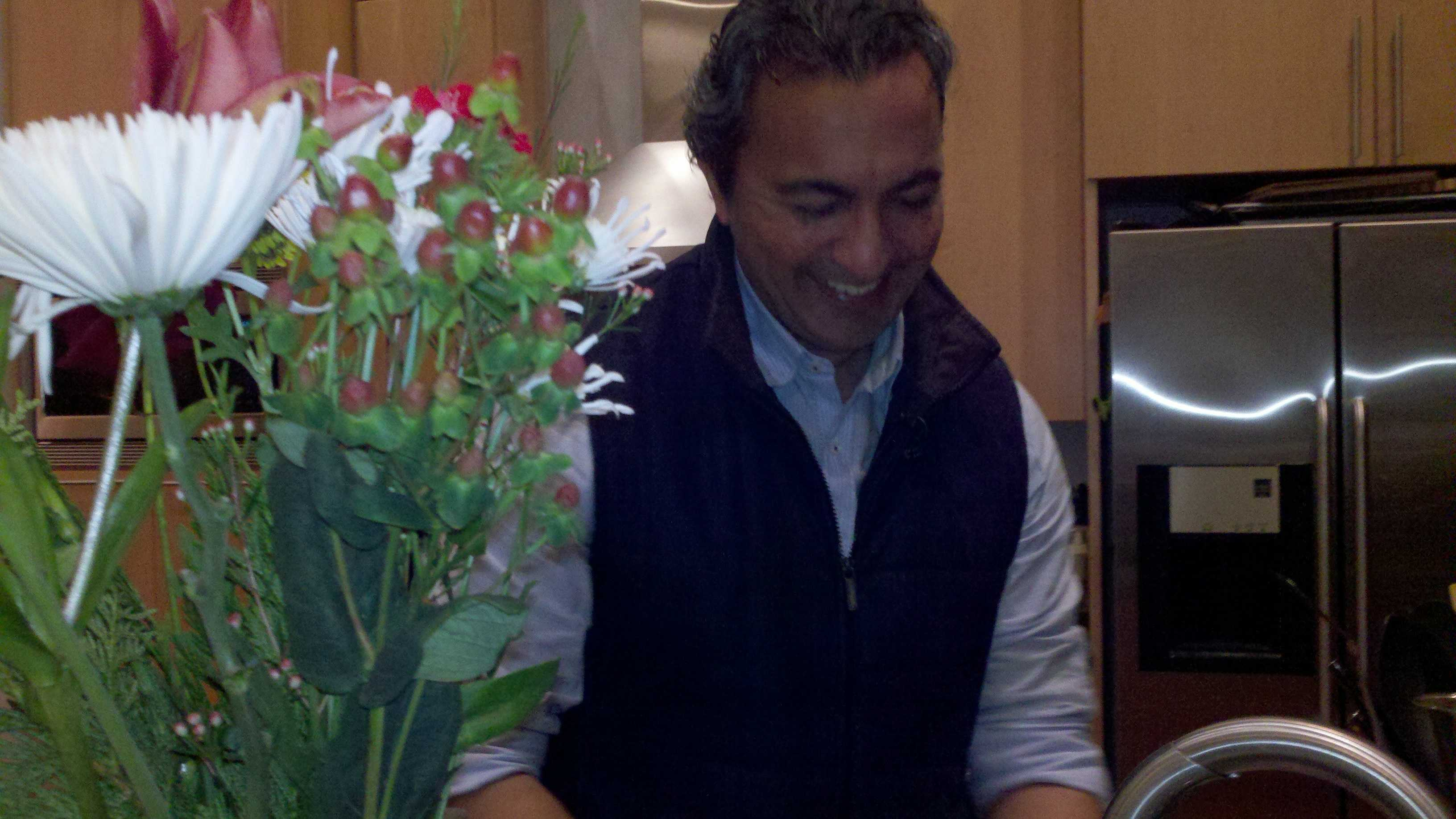 Ami Bera washes dishes at his home in Elk Grove (Dec. 18, 2012).