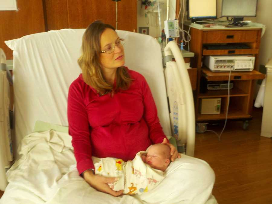 Allison Donecker gave birth to a little boy, John Mitchell Donecker, at 12:20 a.m. at the UC Davis Medical Center (Jan. 1, 2013).