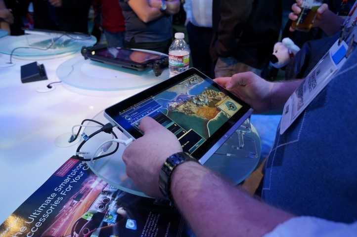 An Intel/Windows 8 tablet running a game.