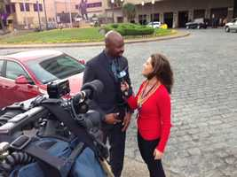 Lisa Gonzales interviews Super Bowl champion and former 49ers great Jerry Rice. (January 29, 2013)