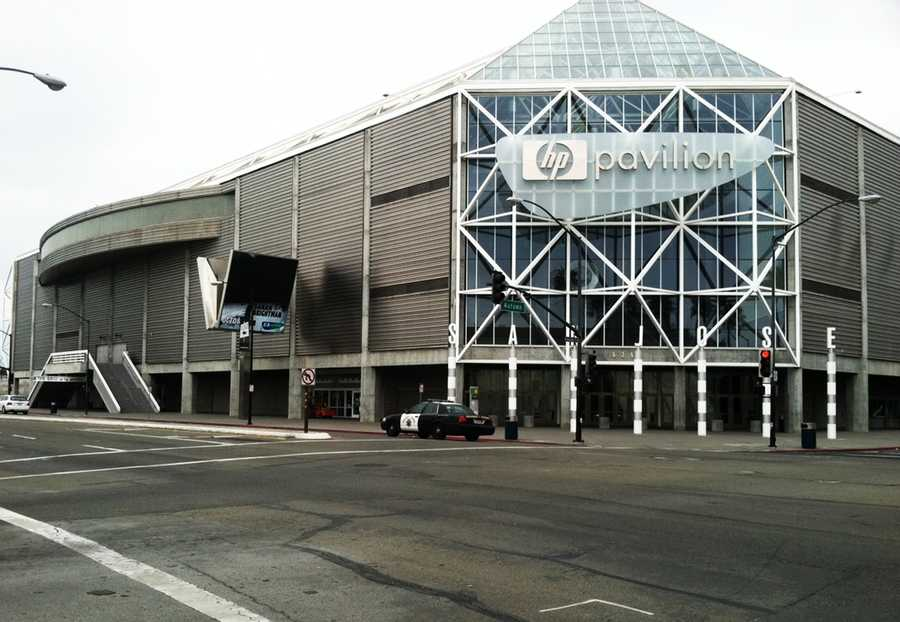 No building in Santa Cruz was big enough to accommodate the 10,000 mourners who showed up to Thursday's memorial services so organizers held the main memorial at the HP Pavilion in San Jose.