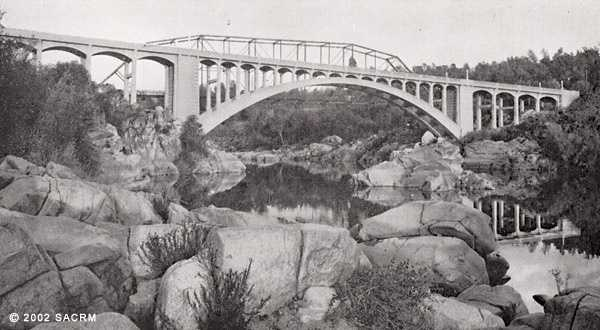 Then:A photo of the bridge from 1924 or 1925.