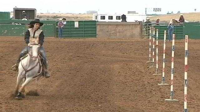 Seniors compete in final high school rodeo