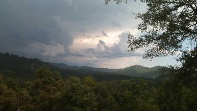 Upload weather photos to u local.