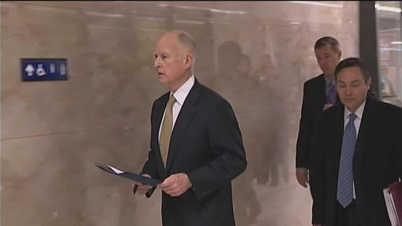 Gov. Brown promises fight on prison order
