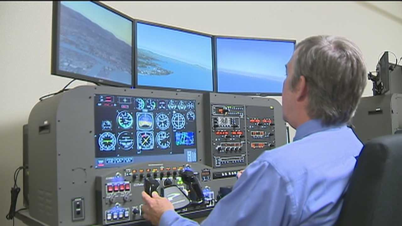 A simulator at Sacramento City College shows what the pilots might have seen when they approached San Francisco International Airport before Saturday's deadly crash.