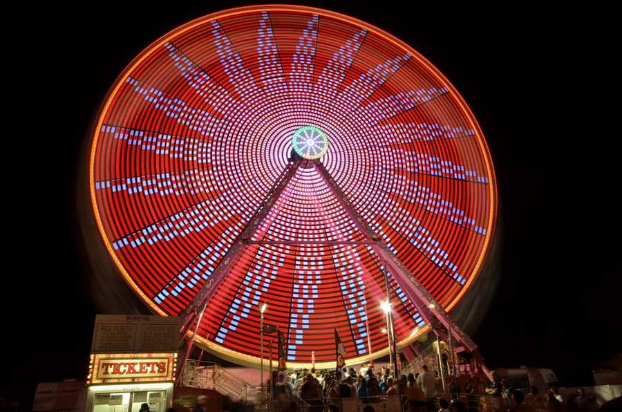 Carnival rides were introduced to the California State Fair festivities just before WWI.