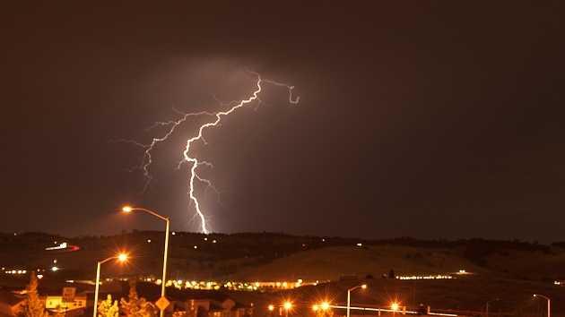 man struck by lightning at california oil field