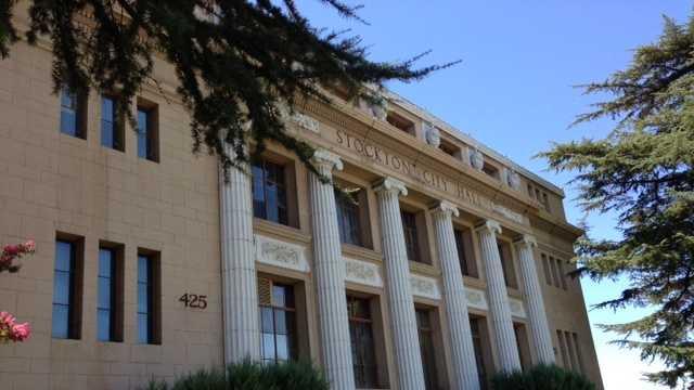 Stockton City Hall (Aug. 1, 2013)