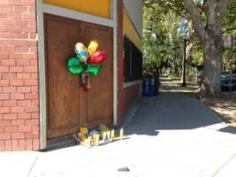 Well-wishers are leaving behind balloons and messages for a victim who was stabbed during a robbery in Sacramento. An employee at a mini-mart was beaten and was treated at a hospital last week.