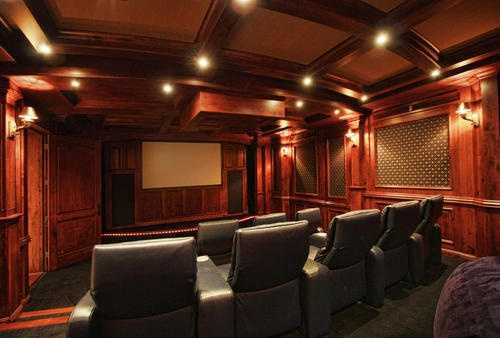 You'll never want to purchase another theater movie ticket once you enjoy this lavish $250,000 theater room. It has cushy seating, mood-enhancing lighting and a projector.