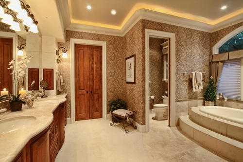Check out this lavish bathroom.