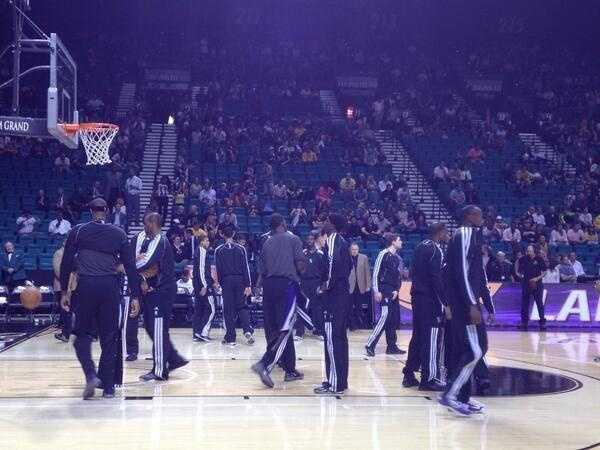 Pregame vs. the LA Lakers.
