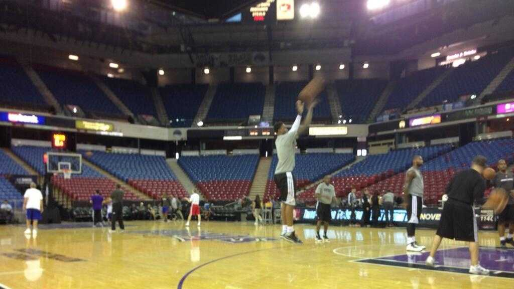 Rookie Ben McLemore warms up before the Sacramento Kings' preseason home-opener Monday at Sleep Train Arena (Oct. 14, 2013).